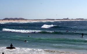 High tide, high waves