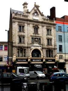 Beds & Bars - Hammersmith Hostel, London, England