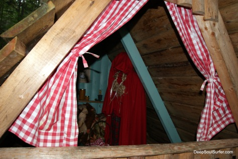 Little Red Riding Hood @ The Fairytale forest, Na Razpotju, Logarska Dolina, Slovenia