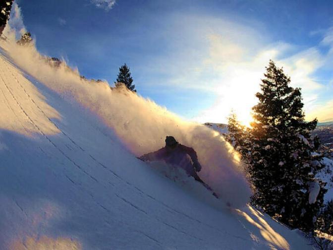 Yu-Go First Snowboarding