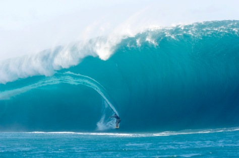 Huge Wave Surf