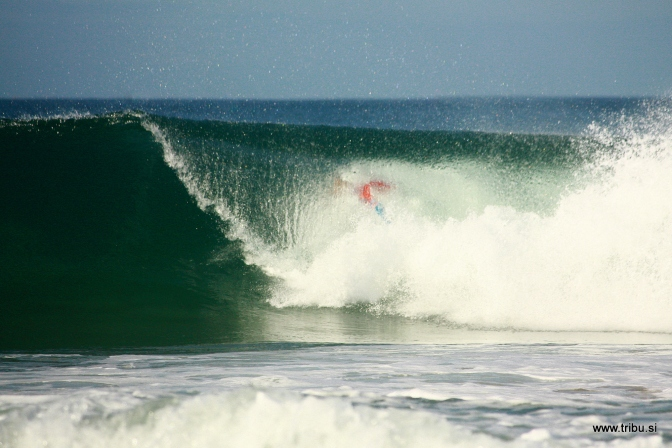Storm Forces Lay Day for Rip Curl Pro Portugal 2012