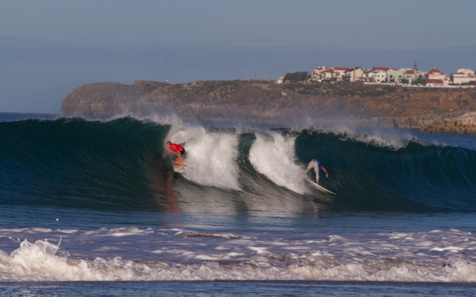 ASP World Title Contenders Soar Amidst Perfect 10s at Rip Curl Pro Portugal Day 1